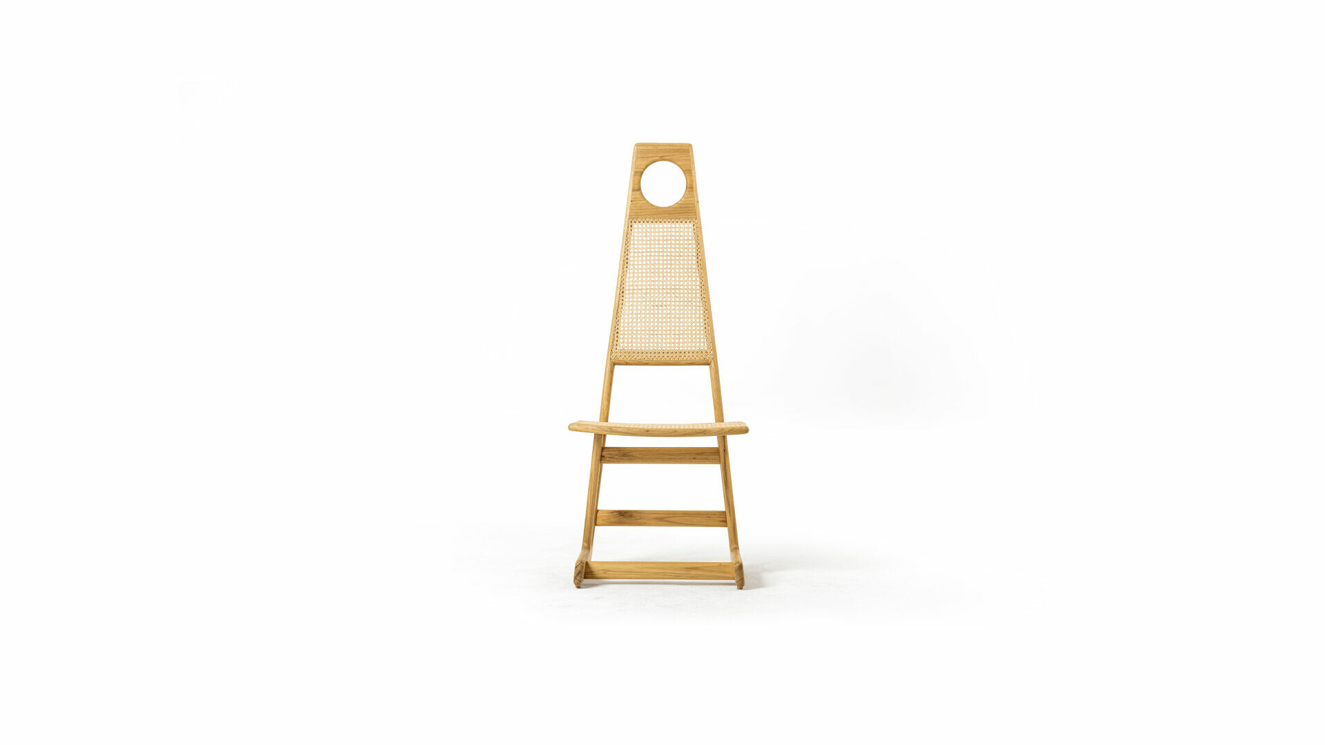 Menna Chair