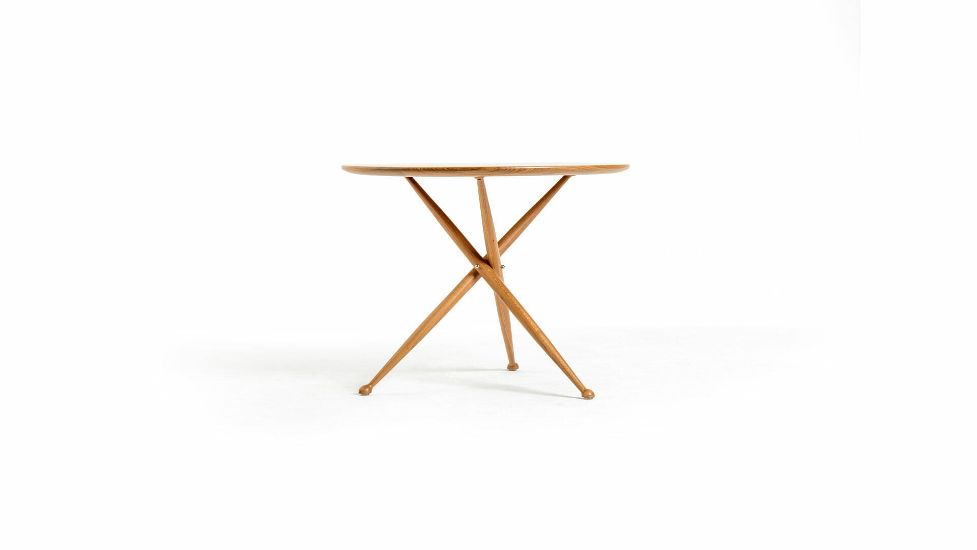 Janete Table